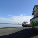 Am Strand abgestellte Schrottschiffe ?!